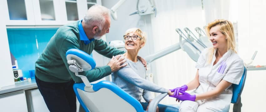 Tooth Implant vs Bridge – Your Options For A Missing Tooth Explored