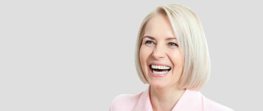Dental Implants vs Crowns – Understanding the Benefits of Both Options